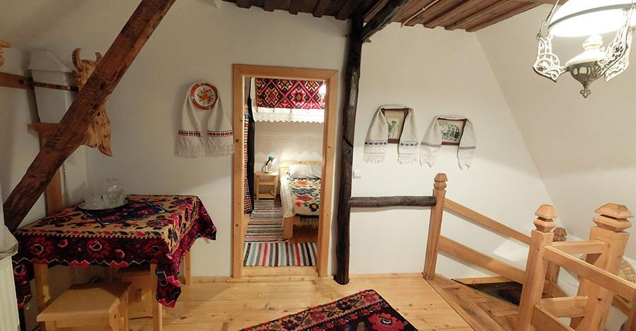 cazare casa traditionala borlean