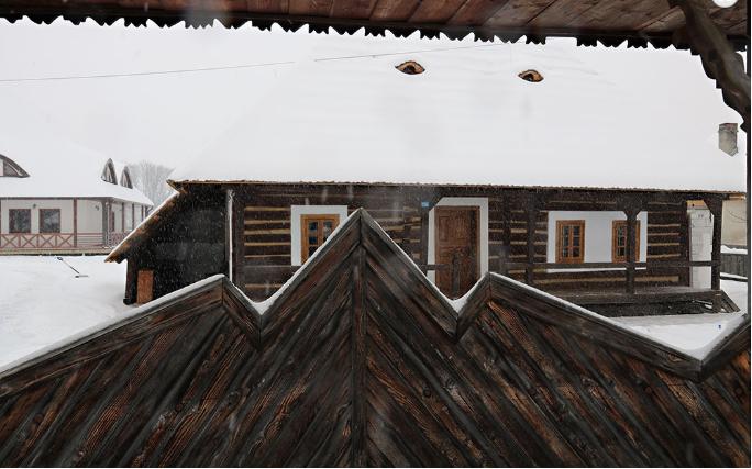 cazare case traditionale bucovina casa strabunicului
