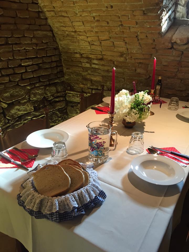restaurant pensiunea oppidum